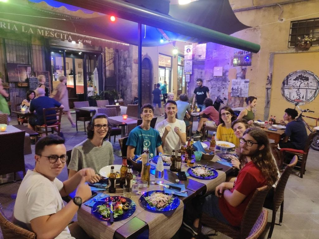 La squadra italiana a tavola